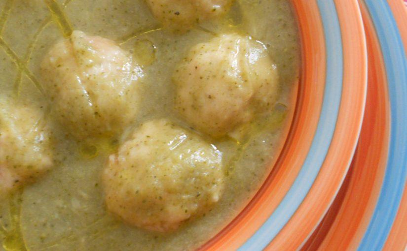 Vellutata di broccoli con polpettine di pollo – ricetta light