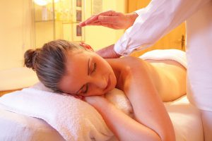aromaterapia-massaggio-pancialeggera