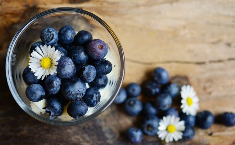 Mirtillo nero per dimagrire? Le sorprendenti proprietà curative e le controindicazioni del frutto selvaggio.
