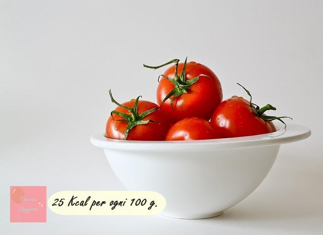 cosa-mangiare-per-dimagrire-pomodoro-pancialeggera