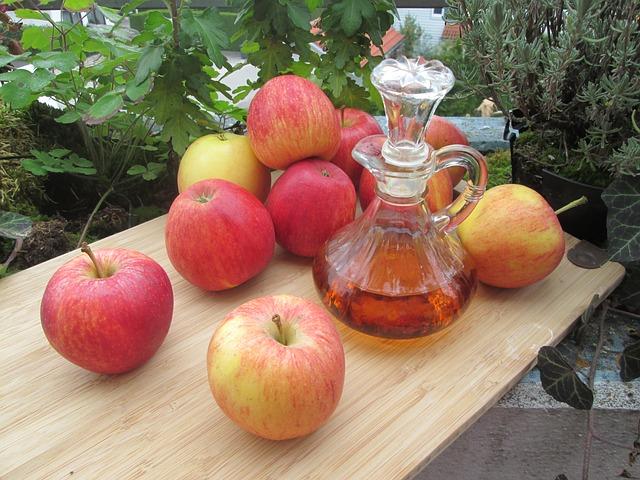 alimenti-flora-intestinale-aceto-di-mele-pancialeggera