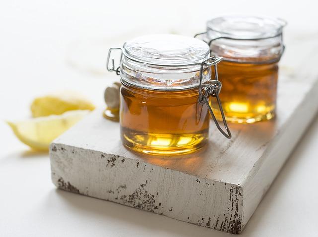 alimenti-flora-intestinale-miele-pancialeggera