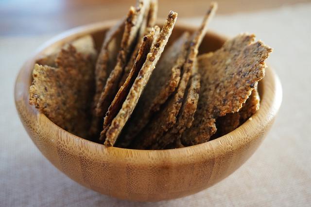 disidratazione-alimenti-da-evitare-crackers-pancialeggera