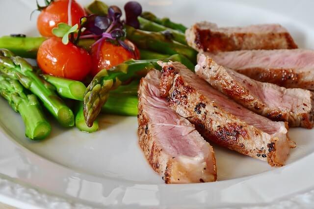 alimenti-per-muscoli-carne-di-vitello-pancialeggera