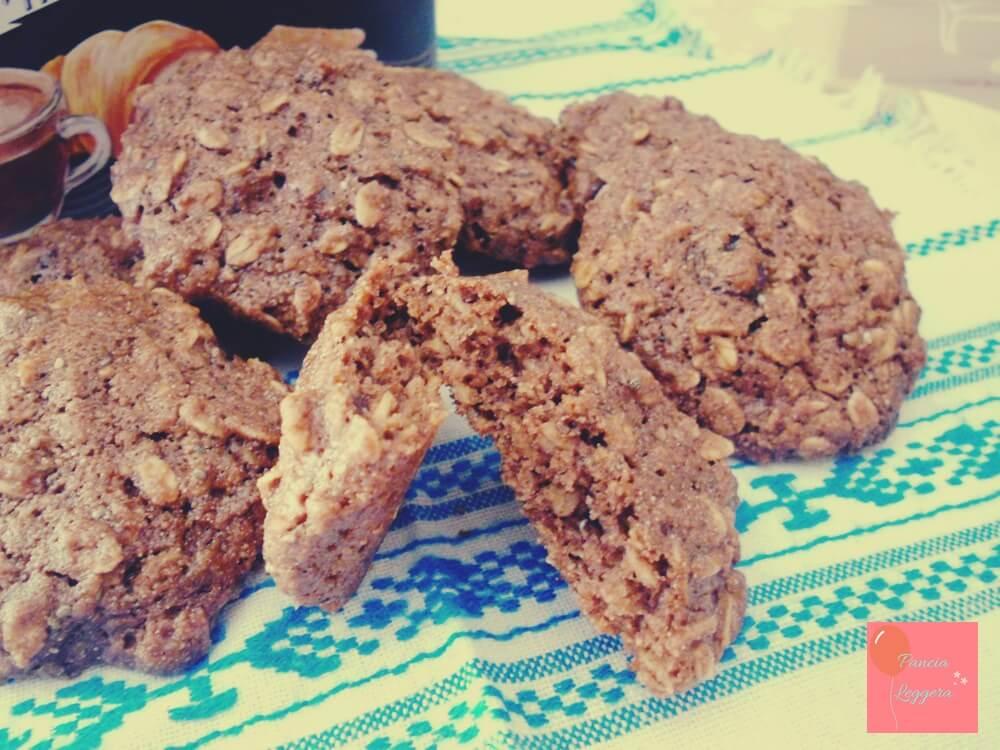 biscotti-al-cacao-con-avena-farina-integrale-senza-uova-pancialeggera