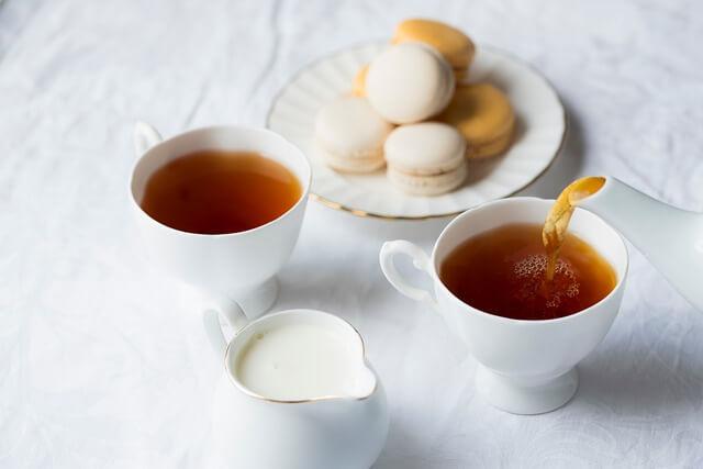 combinazioni-da-evitare-latte-e-tè-pancialeggera