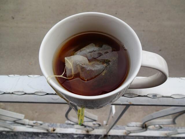 combinazioni-da-evitare-tè-e-carne-pancialeggera