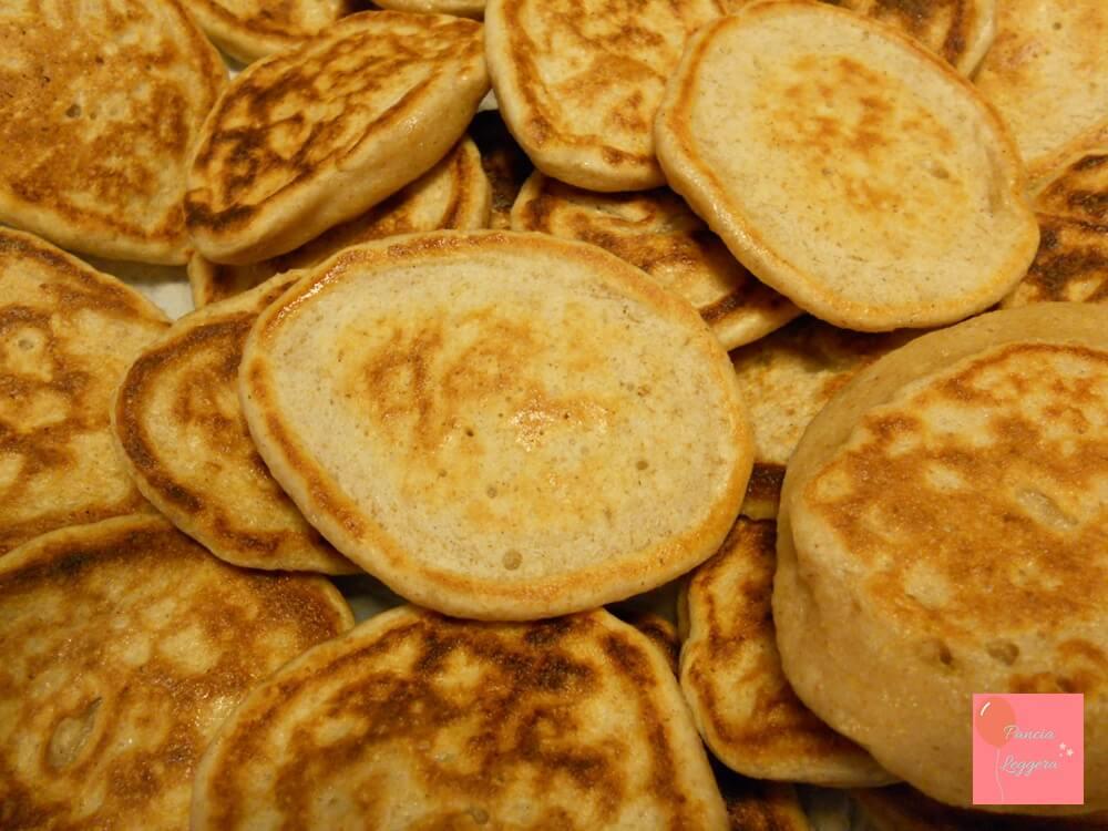 pancakes-senza-uova-lievito-pancialeggera