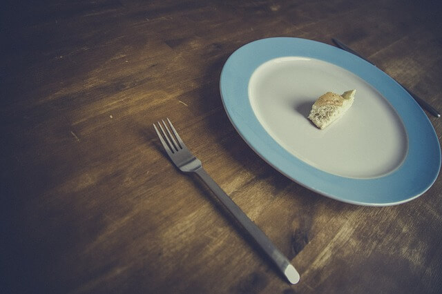 dieta-falsi-miti-da-sfatare-mangiare-poco-pancialeggera