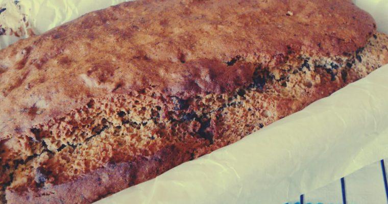 Banana bread con gocce di cioccolato fondente – ricetta senza glutine, senza uova e senza burro