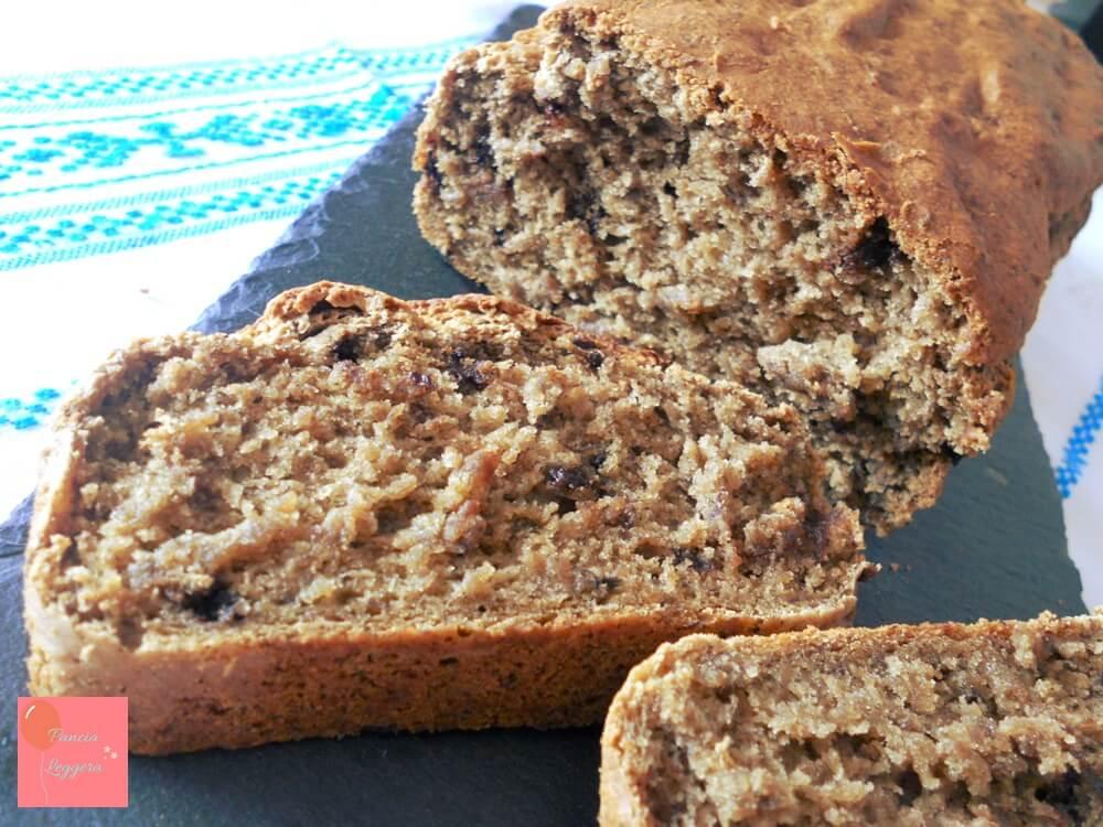 banana-bread-con-gocce-di-cioccolato-fondente-senza-glutine