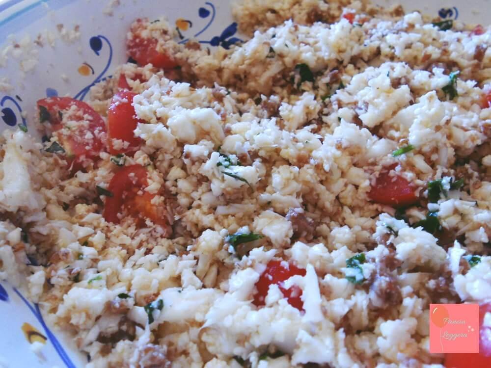 insalata-finto-couscous-cavolfiore-bianco-crudo-procedimento3