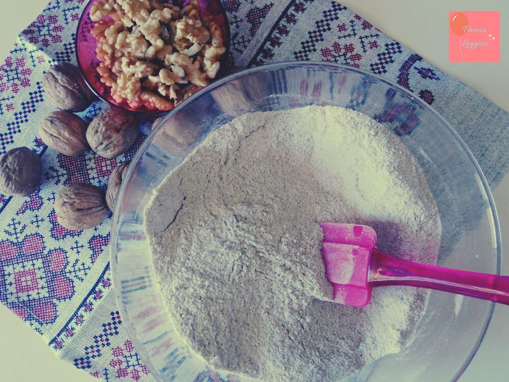 torta-integrale-con-noci-farcita-con-crema-allo-yogurt-procedimento1-pancialeggera