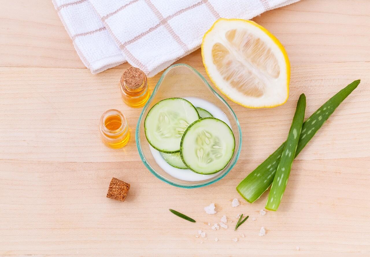 10 alimenti e prodotti che NON fanno bene alla pelle del viso