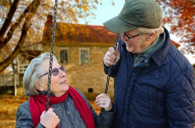 cause-lividi-spontanei-invecchiamento