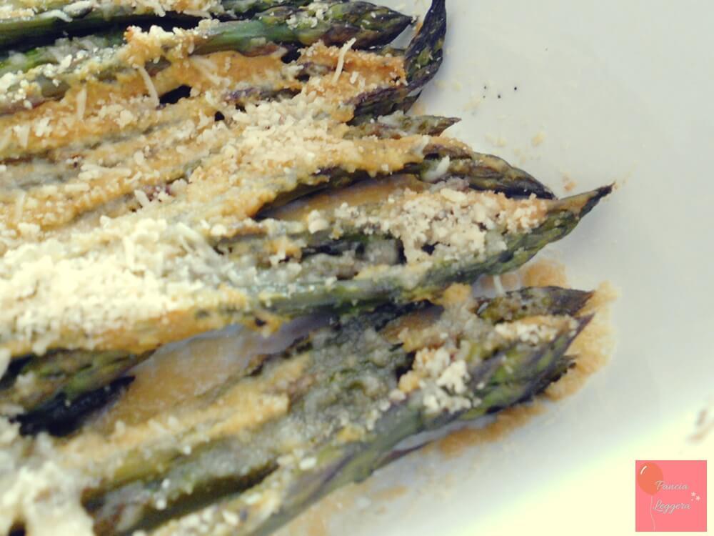 contorno-di-asparagi-gratinati-alla-senape-e-curcuma-senza-glutine