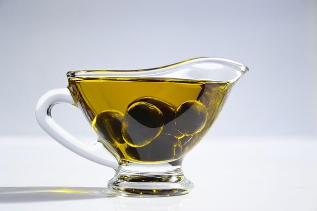 i-migliori-oli-per-cucinarre-olio-extravergine-doliva
