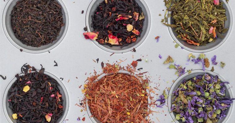 I diversi tipi di tè: differenze e proprietà benefiche.