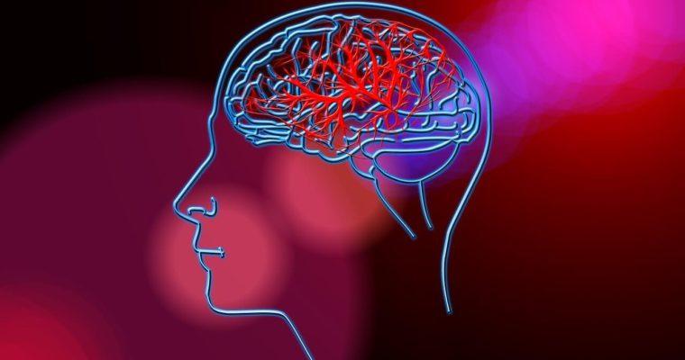Ischemia o emorragia cerebrale: sintomi premonitori e cosa fare in caso di ictus